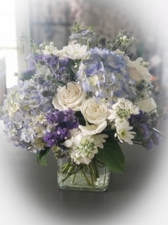 Ocean song vase arrangement
